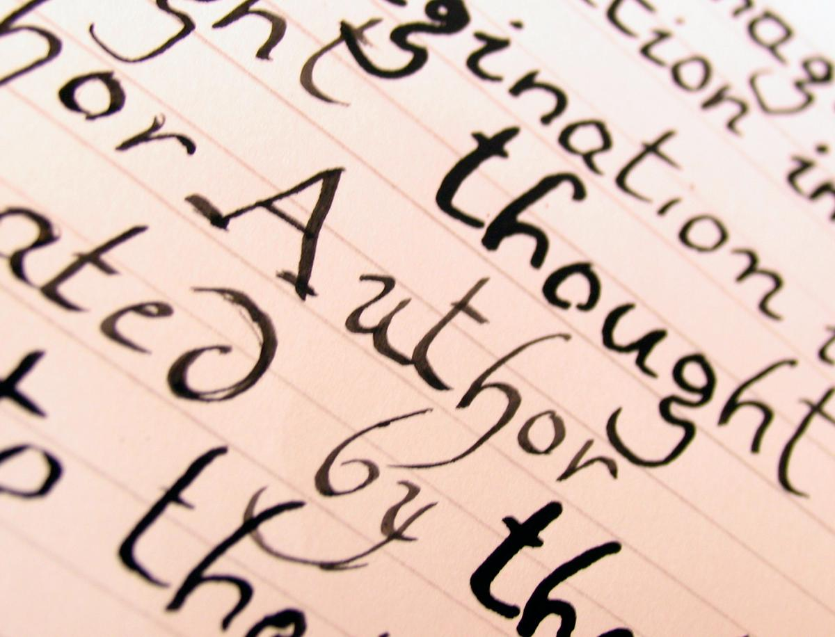Image of the word author written on a page.