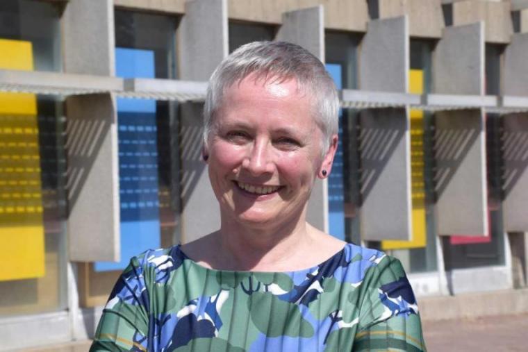 Christine Bold