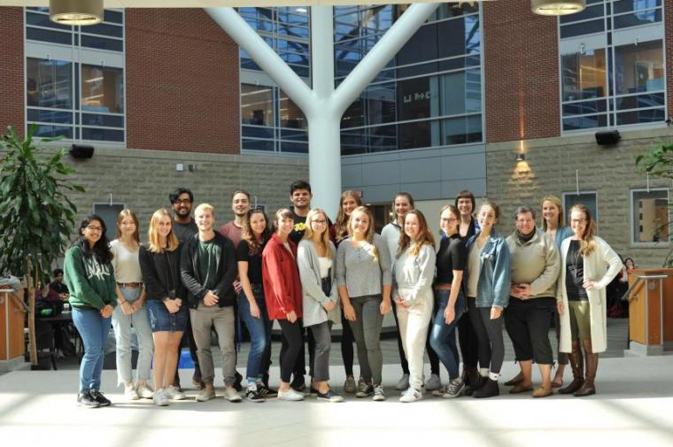 Group photo of Professor Justine Tishinky's class in the Summerlee Science Complex