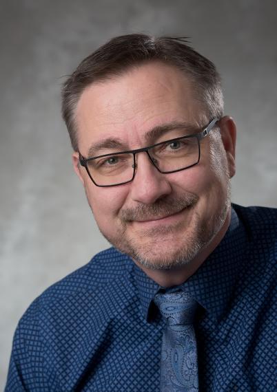Headshot of Stefan Kremer