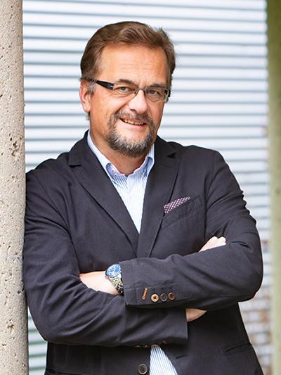Headshot of Marcel Schlaf
