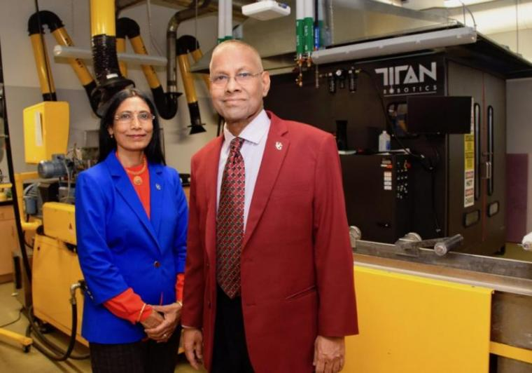 Amar Mohanty and Manjusri Misra in the Bioproducts Discovery and Development Centre.