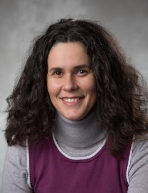 Headshot of Luiza Antonie