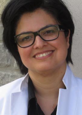 Headshot of Rozita Dara
