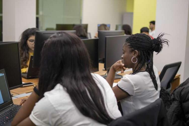 Students in U of G's Cybersecurity and Intelligence Threat program