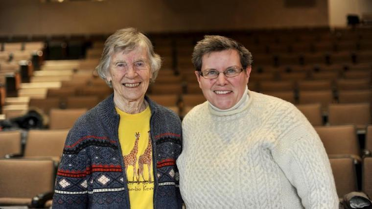 A photograph of Dr. Anne Innis Dagg and Dr. Coral Murrant