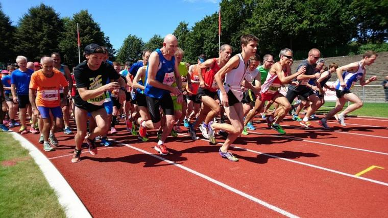 Aging Runners Competing