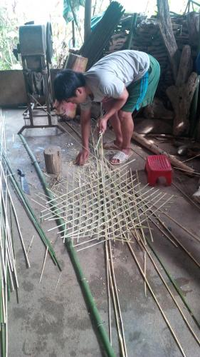 Sapa village of Cat Cat - weaving