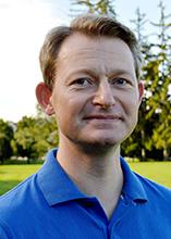 Rene Kirkegaard on Johnston Green