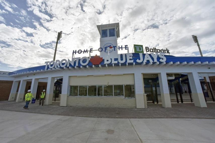 photo of blue jays home in florida