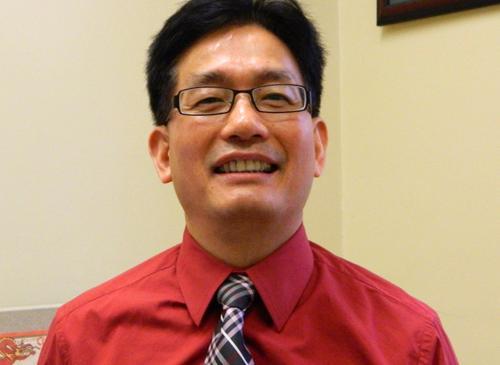 Associate Professor Lefa Teng