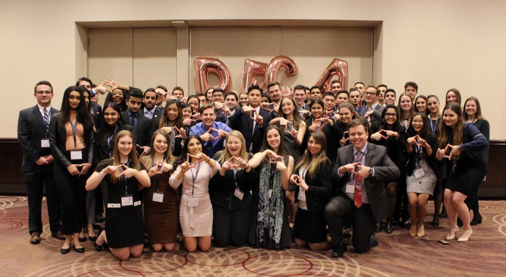 U of G student delegates at 2019 DECA U Ontario