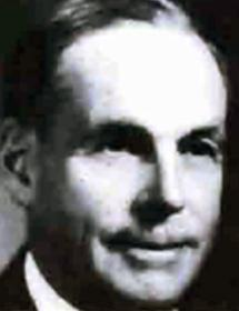 Black and white headshot of Fred Presant.