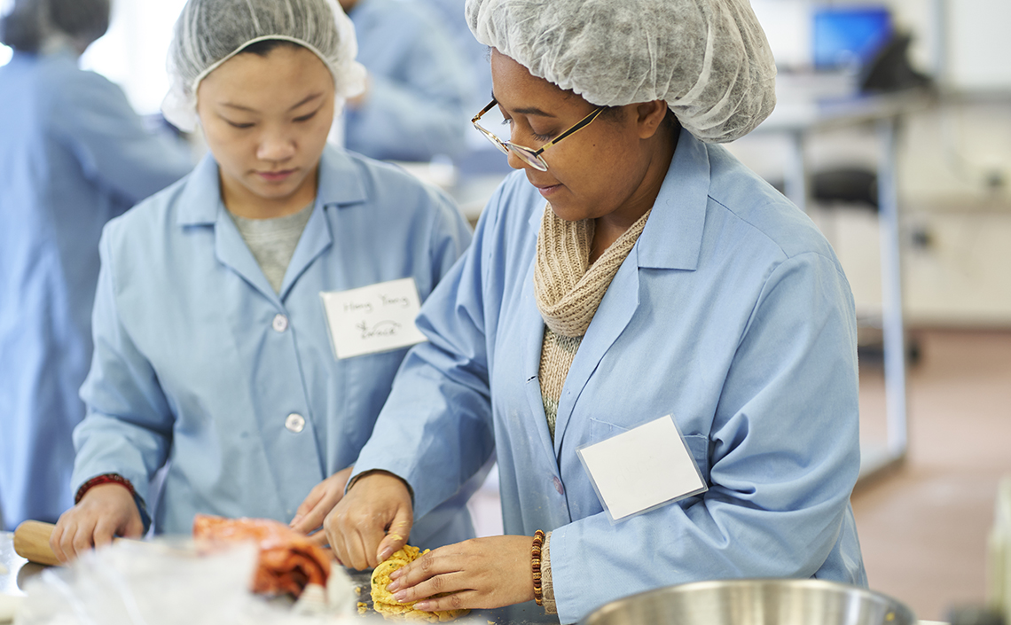 Students working in the food product development course.