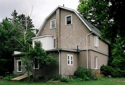 480 Stone Road East is a 1922 stone two-storey home