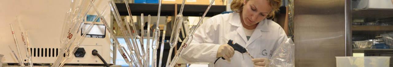 Woman conducting scientific test in a laboratory