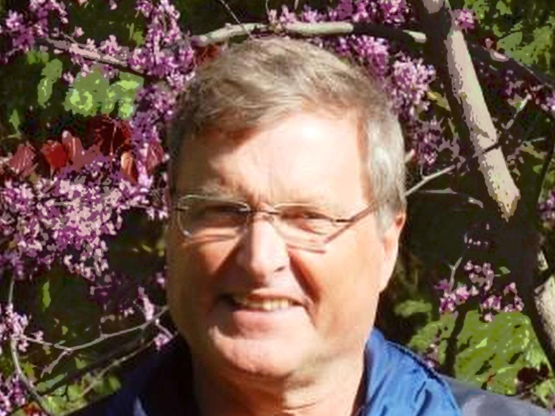 Head shot of Paul Kraehling