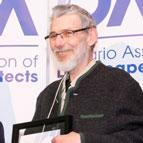William Sleeth accepting OALA award