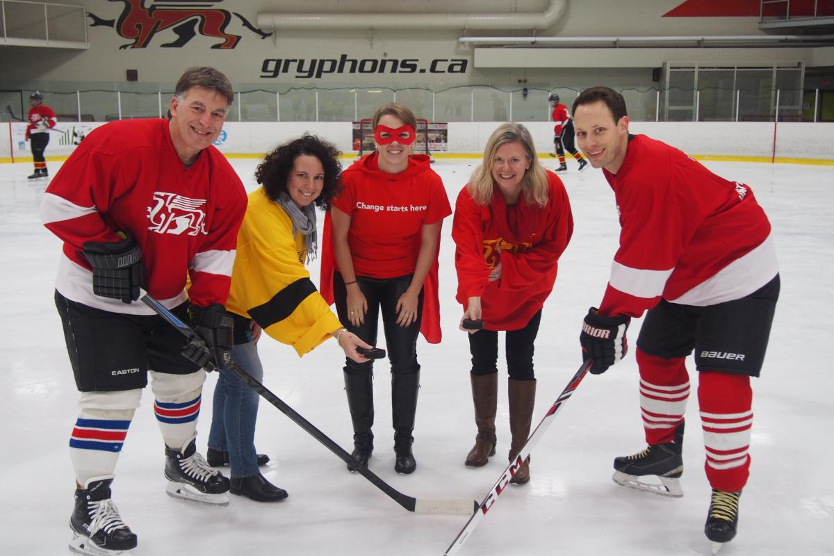 Rich Moccia, Patricia Tersigni, Jill Brown, Catherine Carstairs, Scott Moccia start off the tournament